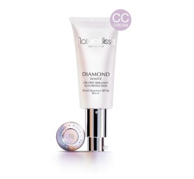 diamond_white_SPF50_pa_matte_finish_sun_protection_50ml9